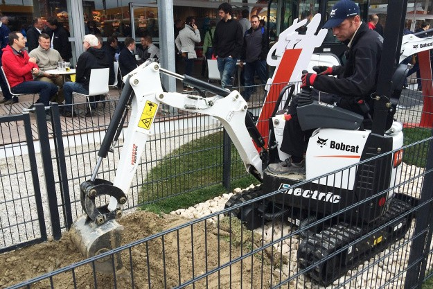 Bobcat E10 Electric præsenteret