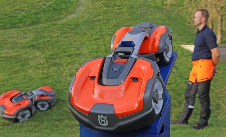 Husqvarna præsenterer ny robot til den professionelle
