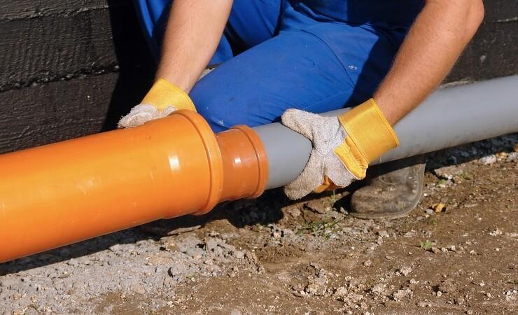Kommune får bøde for ulovligt kloakarbejde