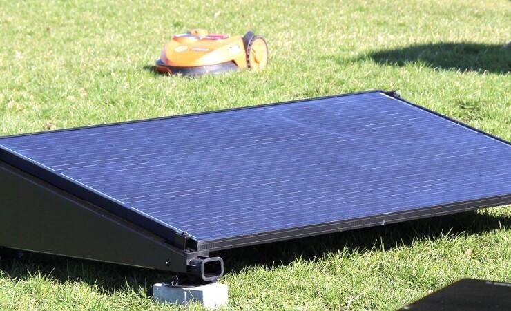 Solceller holder robotten kørende