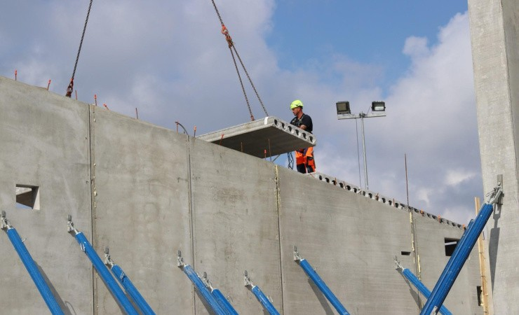 I Esbjerg er byggebranchen god til at give ledige ny chance