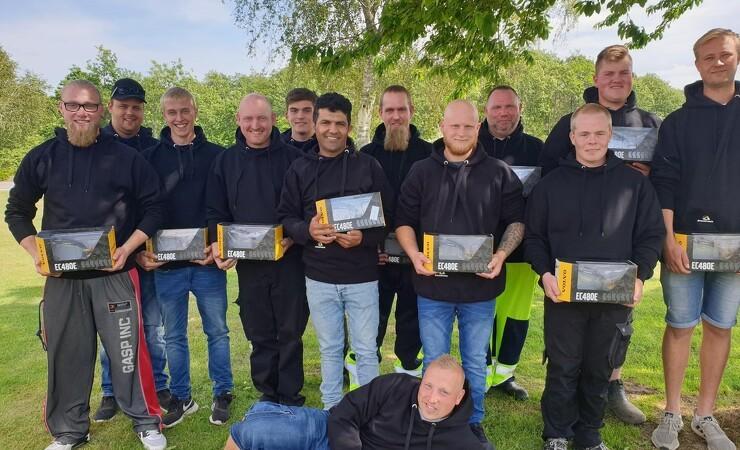 13 nye maskinførere klækket i Ulfborg
