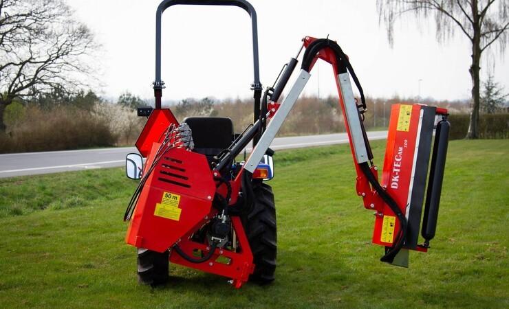 Nye redskaber til de populære kompakt-traktorer