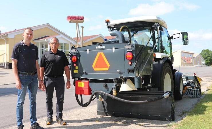 Nesbo har udviklet tre-i-én traktor til vejarbejde