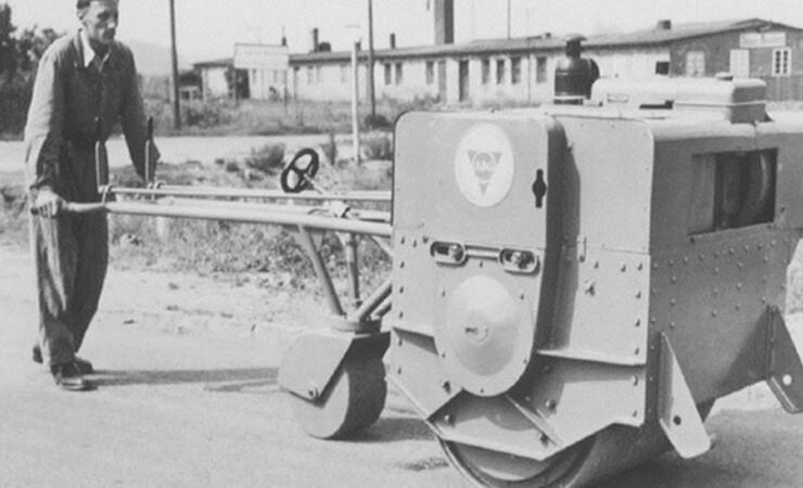 75 år i vejens tjeneste