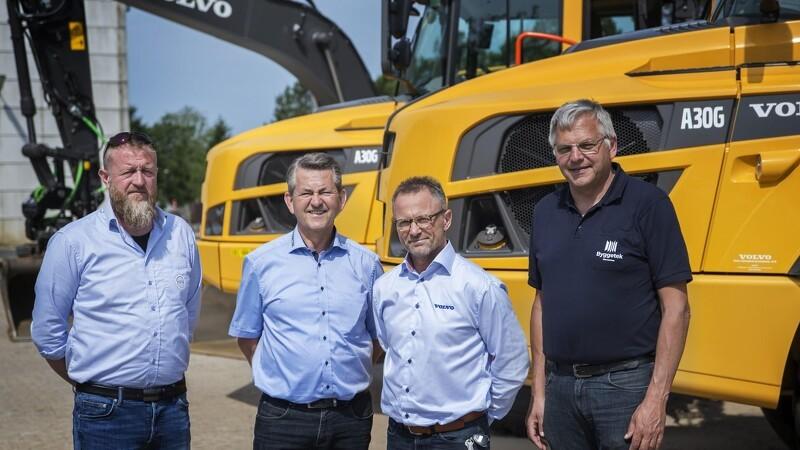 Nye maskiner vækker jubel i Ulfborg