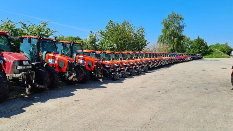 Entreprenør indkøber 10 nye traktorer om året