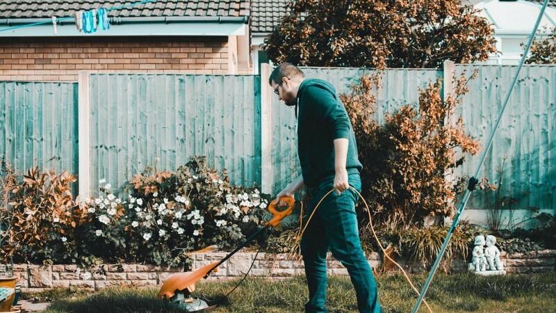 Effektivisér have- og parkarbejdet med de rette maskiner
