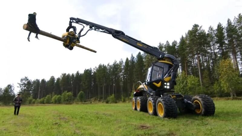 En skovmaskine er farligt legetøj
